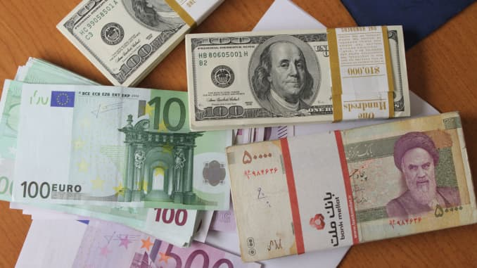 Iran S Rial At All Time Low Over Strong Dollar Other Woes