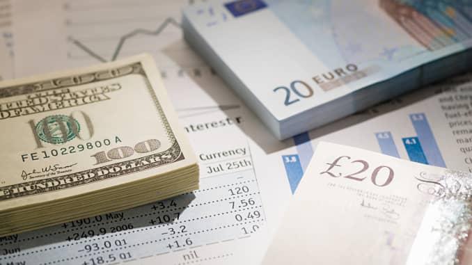 Forex banks prepare to claw back bonuses