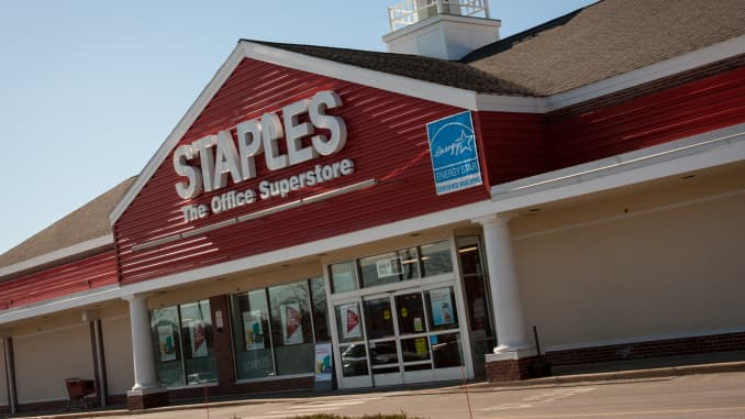 What Time Does Staples Open Today >> Staples Taps Former Coca Cola Exec As Ceo To Replace Shira Goodman