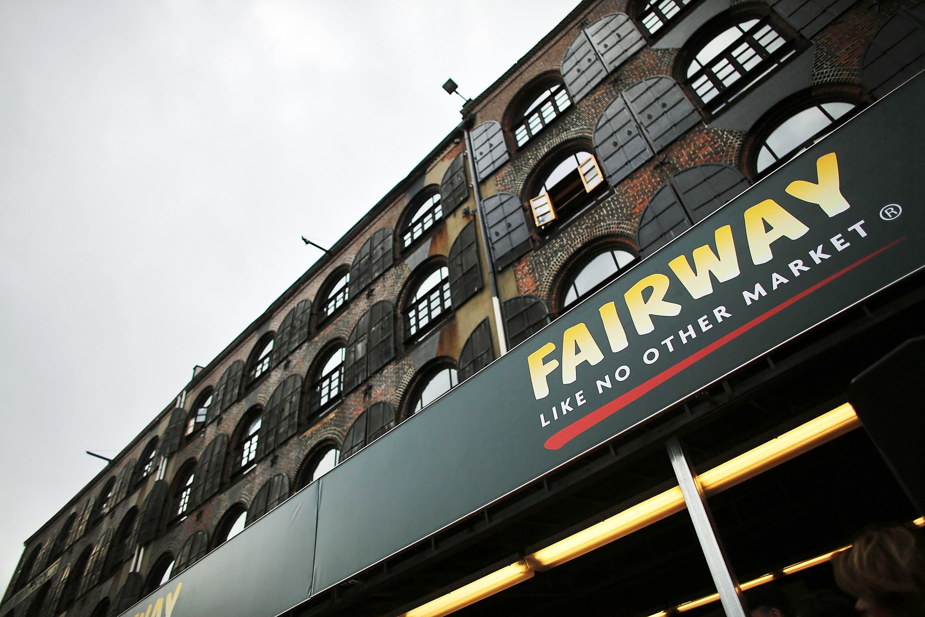 NY grocer Fairway files for bankruptcy protection, will close some stores