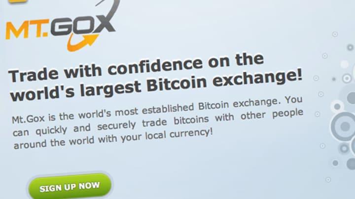 Bitcoin plummets 20% after major exchange halts withdrawals
