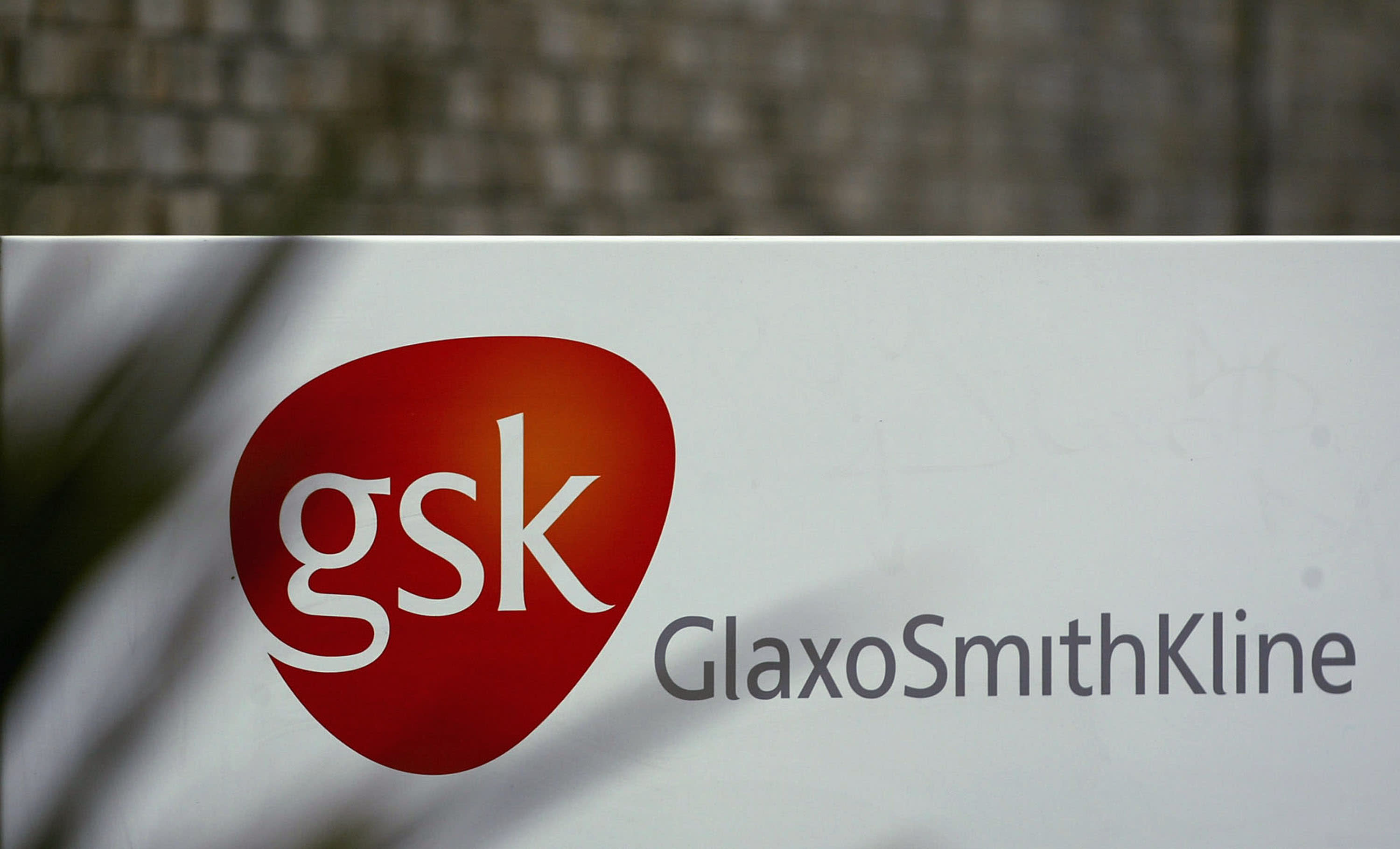 What GSK's new cancer deal shows about pharma market