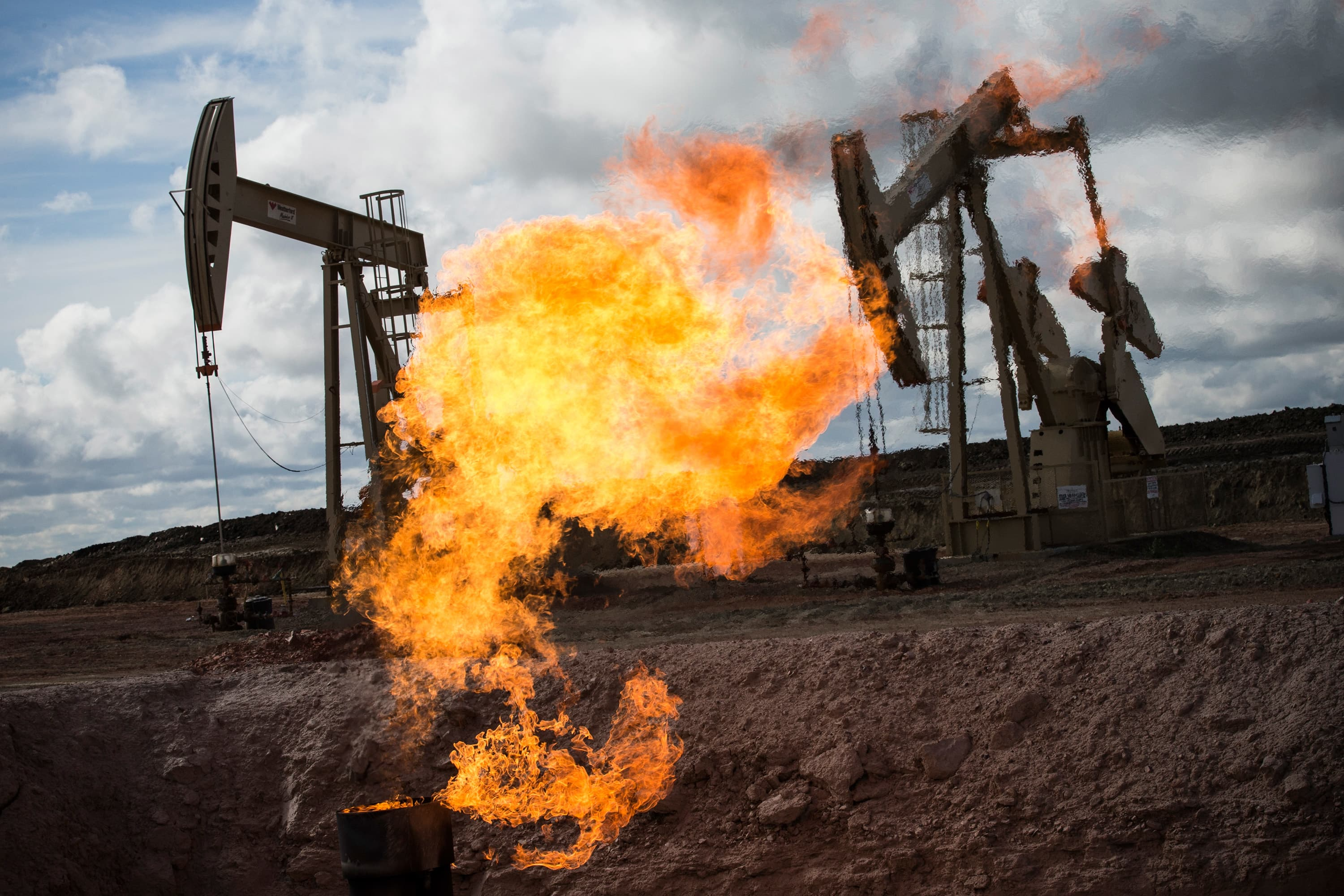 Oil surge boosts energy stocks – five experts weigh in