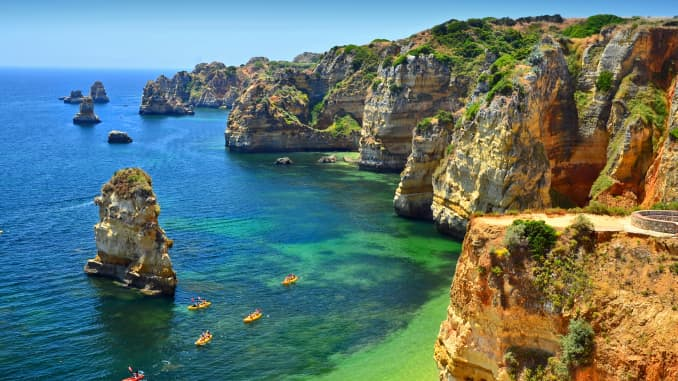 GP: Algarve cliffs