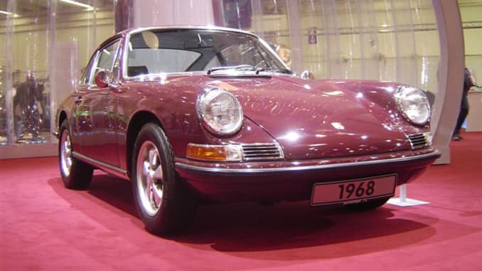 Porsche 911 Marks 50th Anniversary With Special Edition