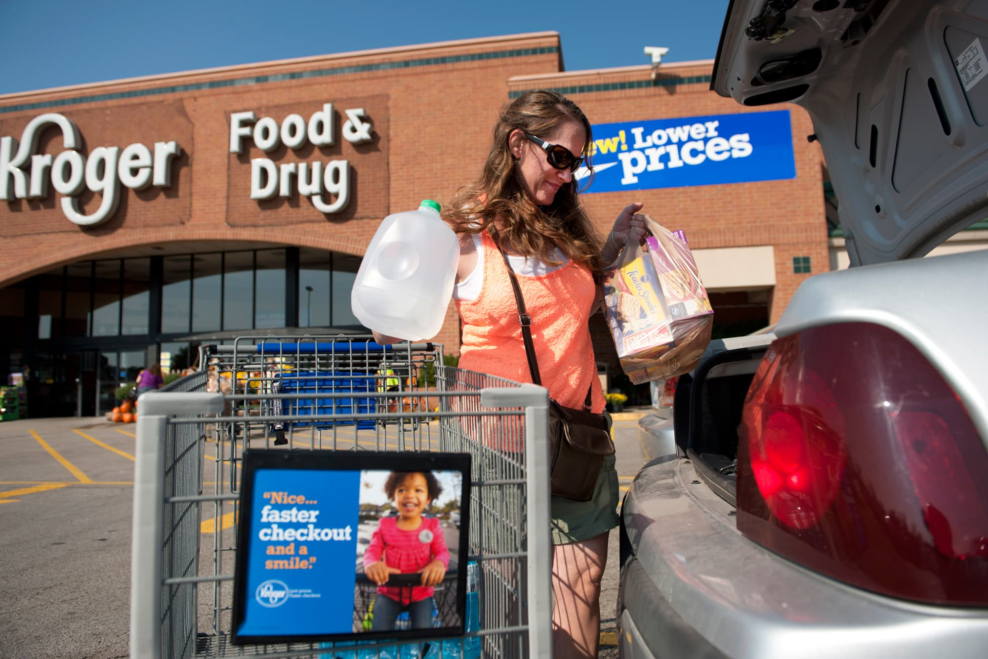 Kroger Walgreens Launch Program To Pick Up Groceries At Pharmacy