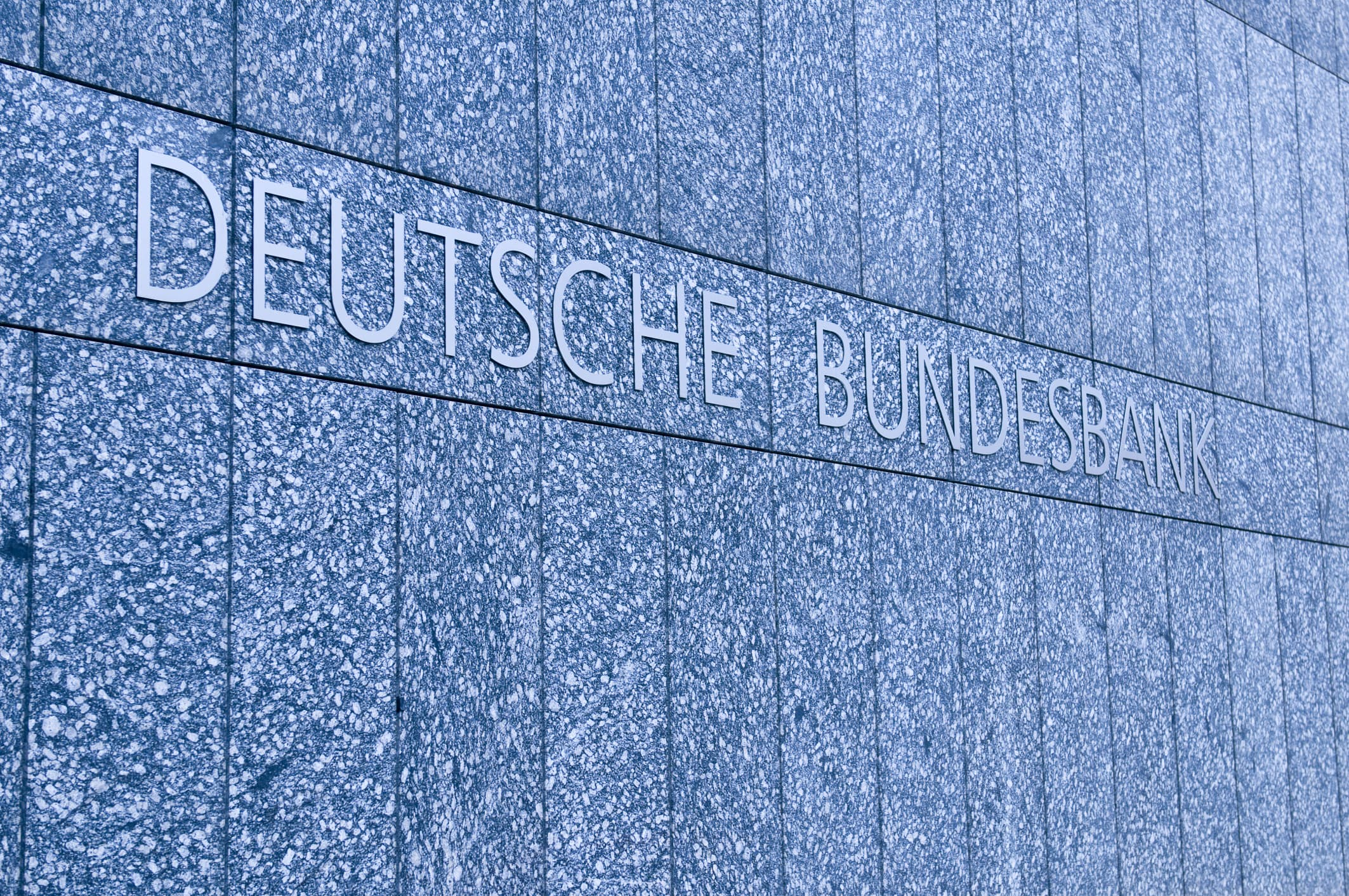 Germany to auction a zero-percent 30-year bond for the first time