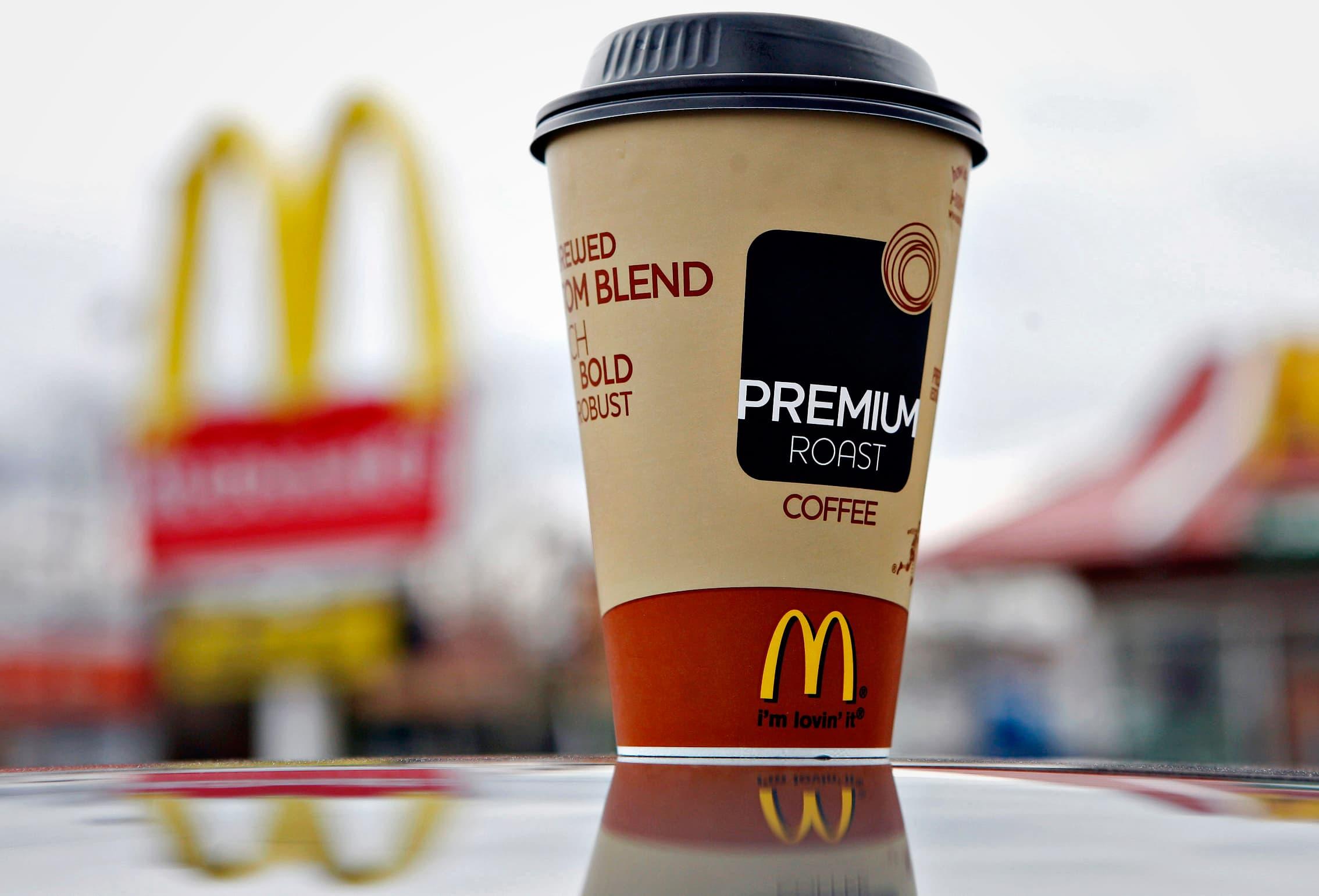 макдоналдс кофе фото яркий образ