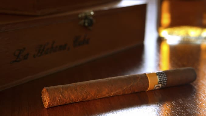 A holiday gift guide for the cigar novice