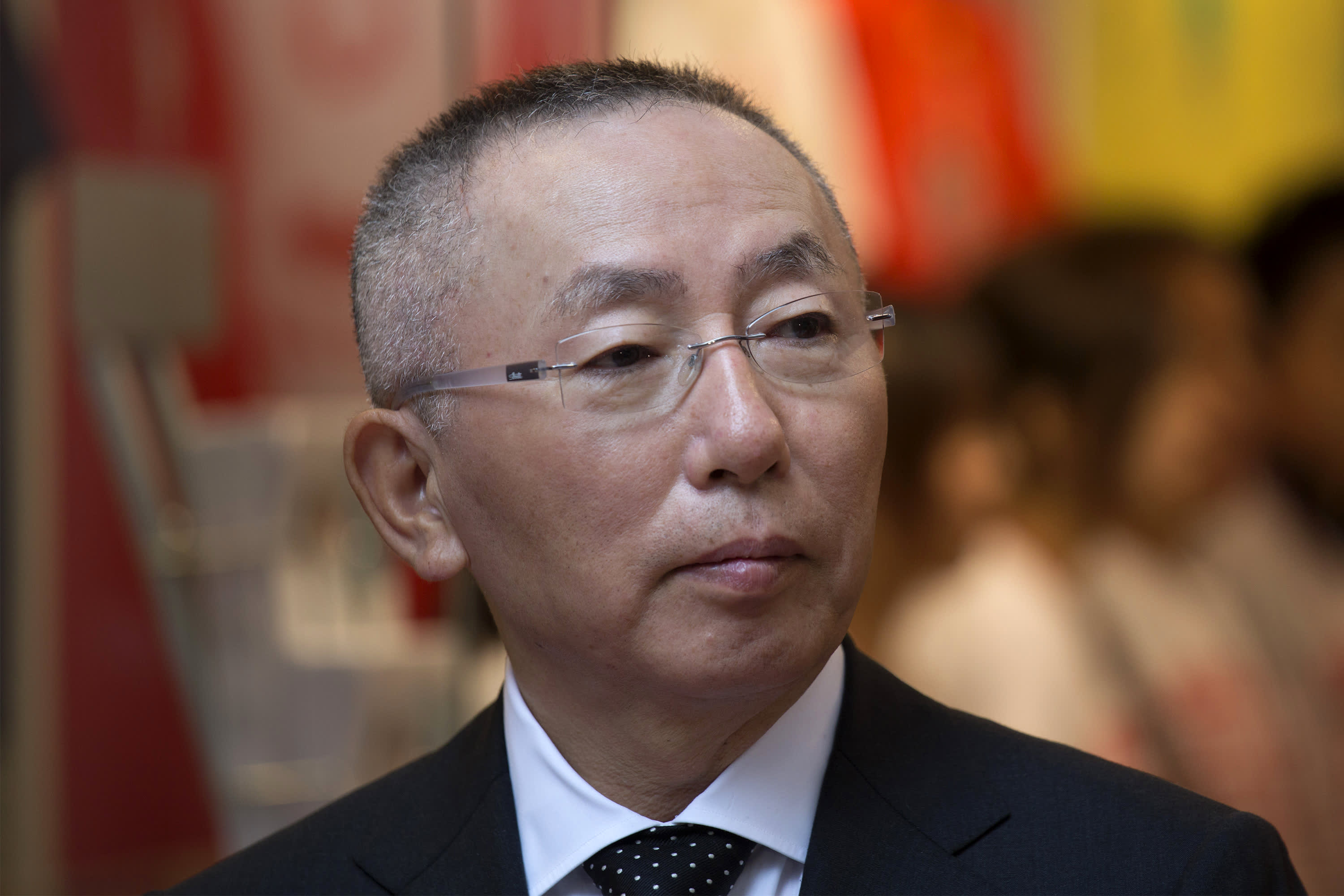 Uniqlo owner Yanai surrenders as SoftBank board participant  - 101345308 167522912