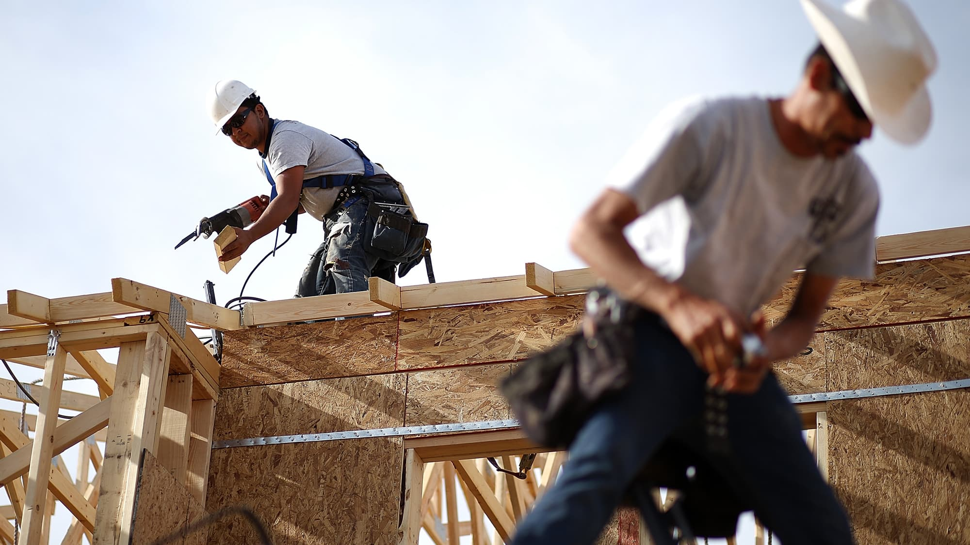 US housing starts rose more than expected in April