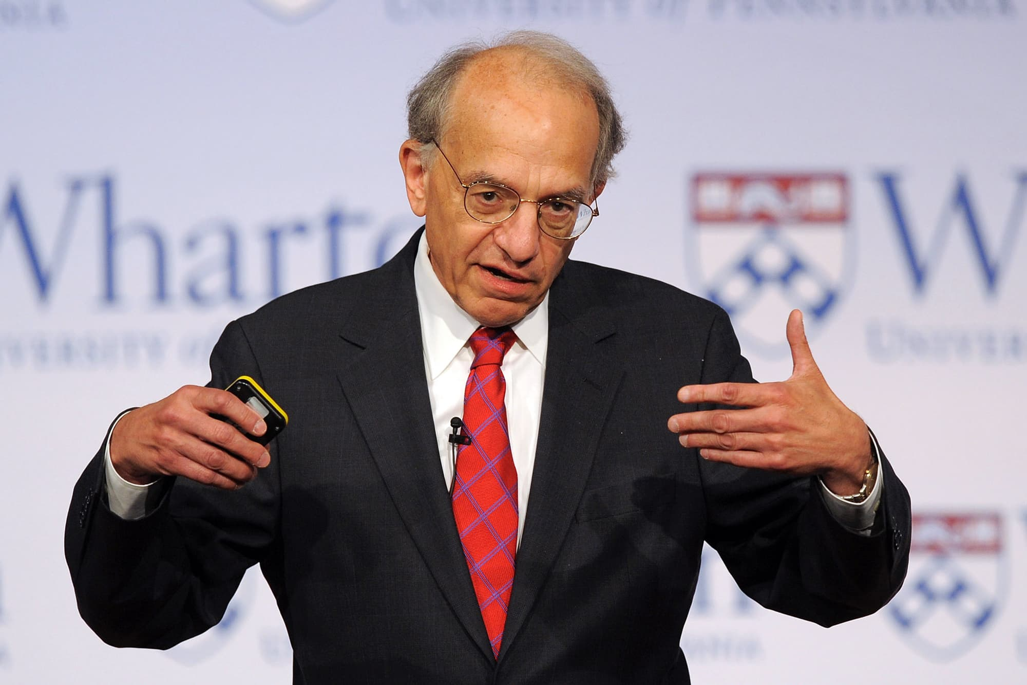 Jeremy Siegel: Dow could hit 30,000 in the next 10 trading days, but danger lurks