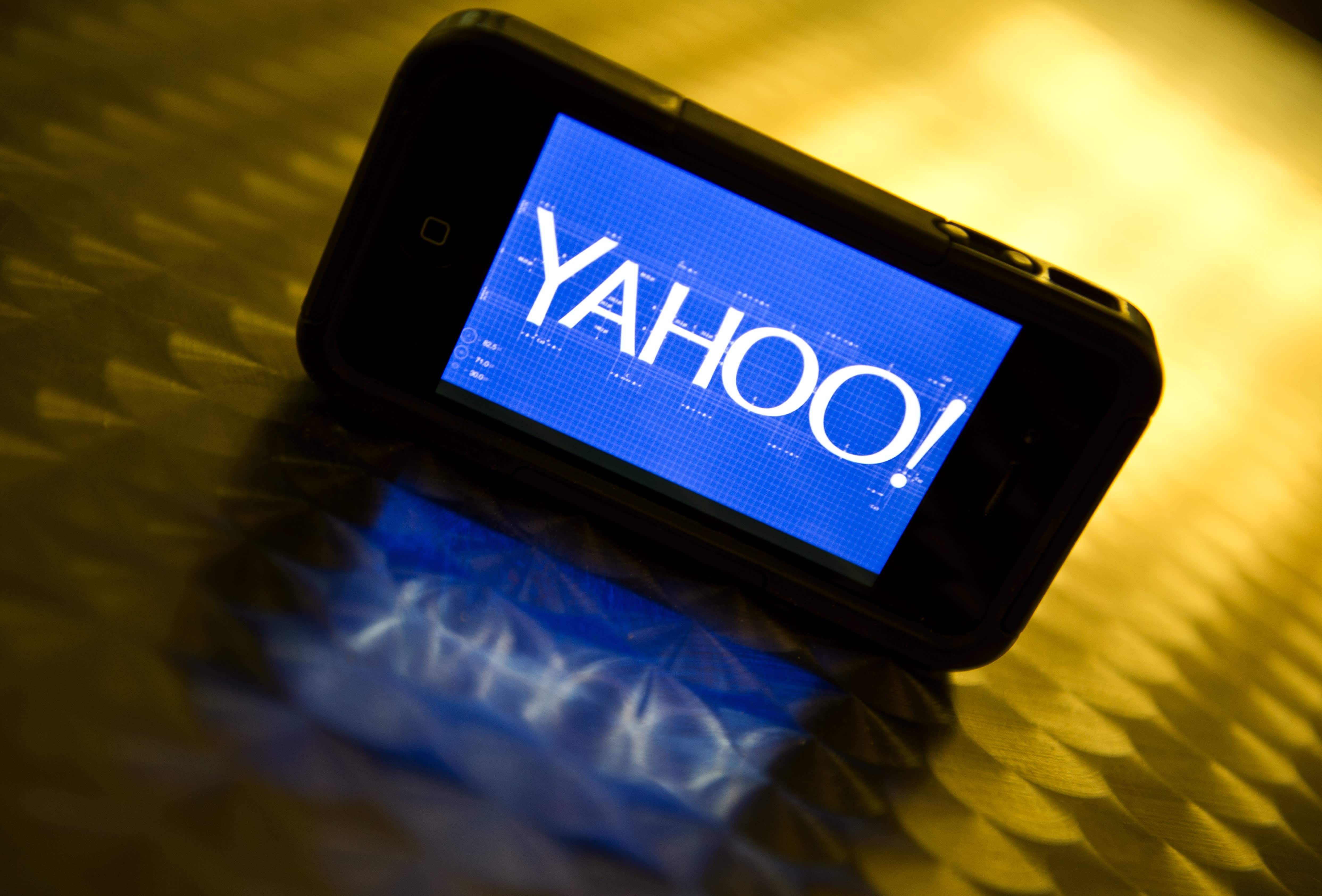 Verizon is thinking about offering the remnants of AOL and Yahoo-- here are the most important pieces thumbnail