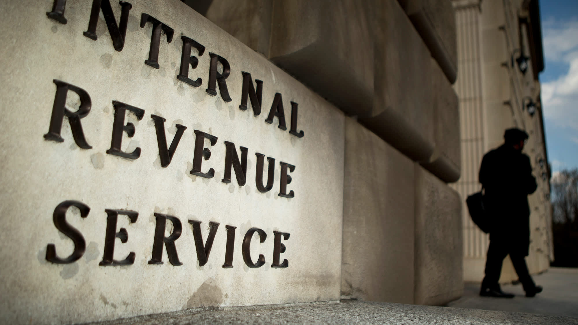 How Congress made it easier to avoid the IRS