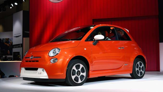 Fiat Electric Car >> Fiat Chrysler Ceo Please Don T Buy Fiat 500e Electric Car