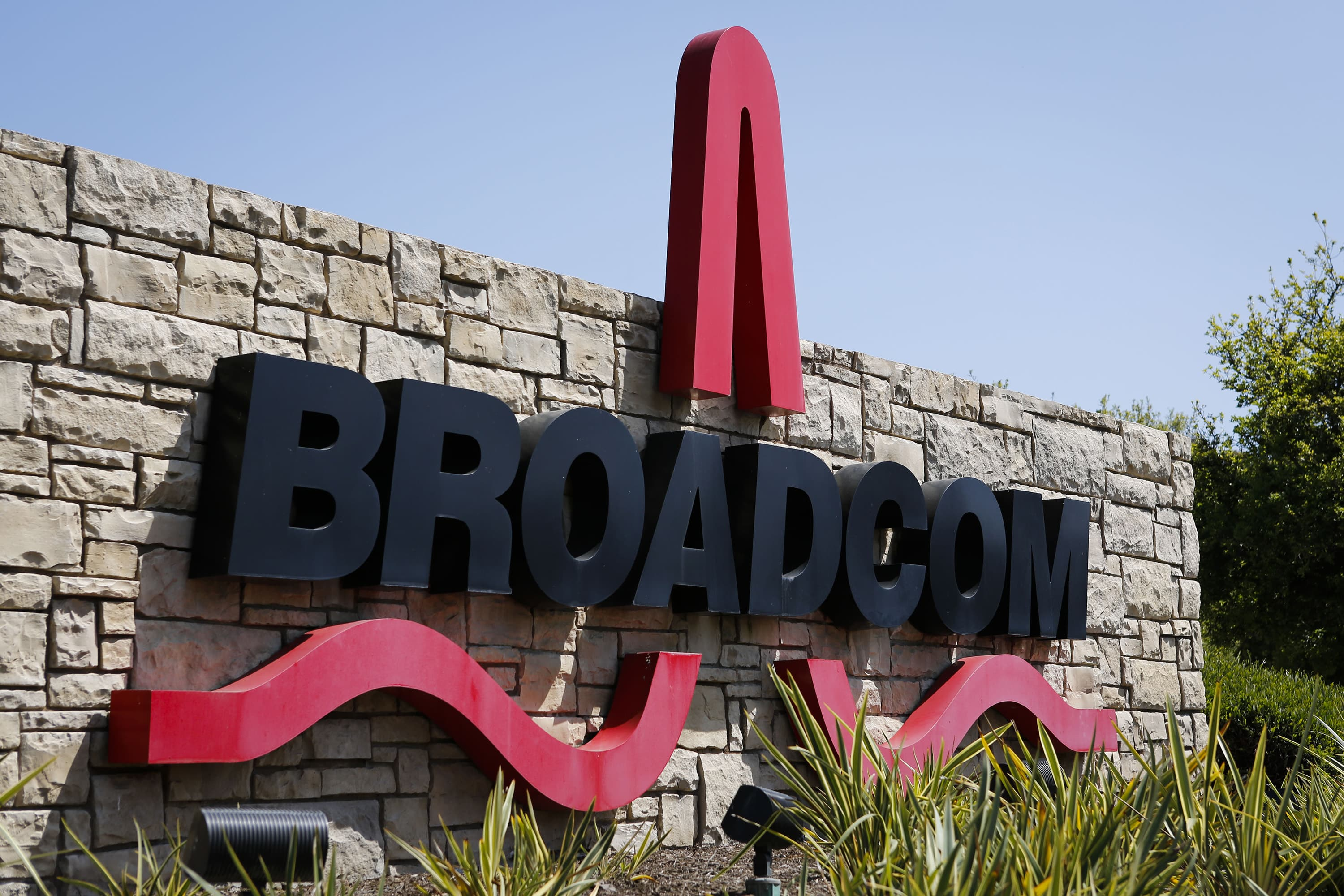EU tells Broadcom to stop certain business deals in unprecedented move