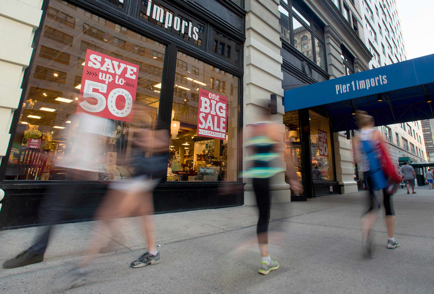 These retailers could be winners as Pier 1 shuts 50% of its stores