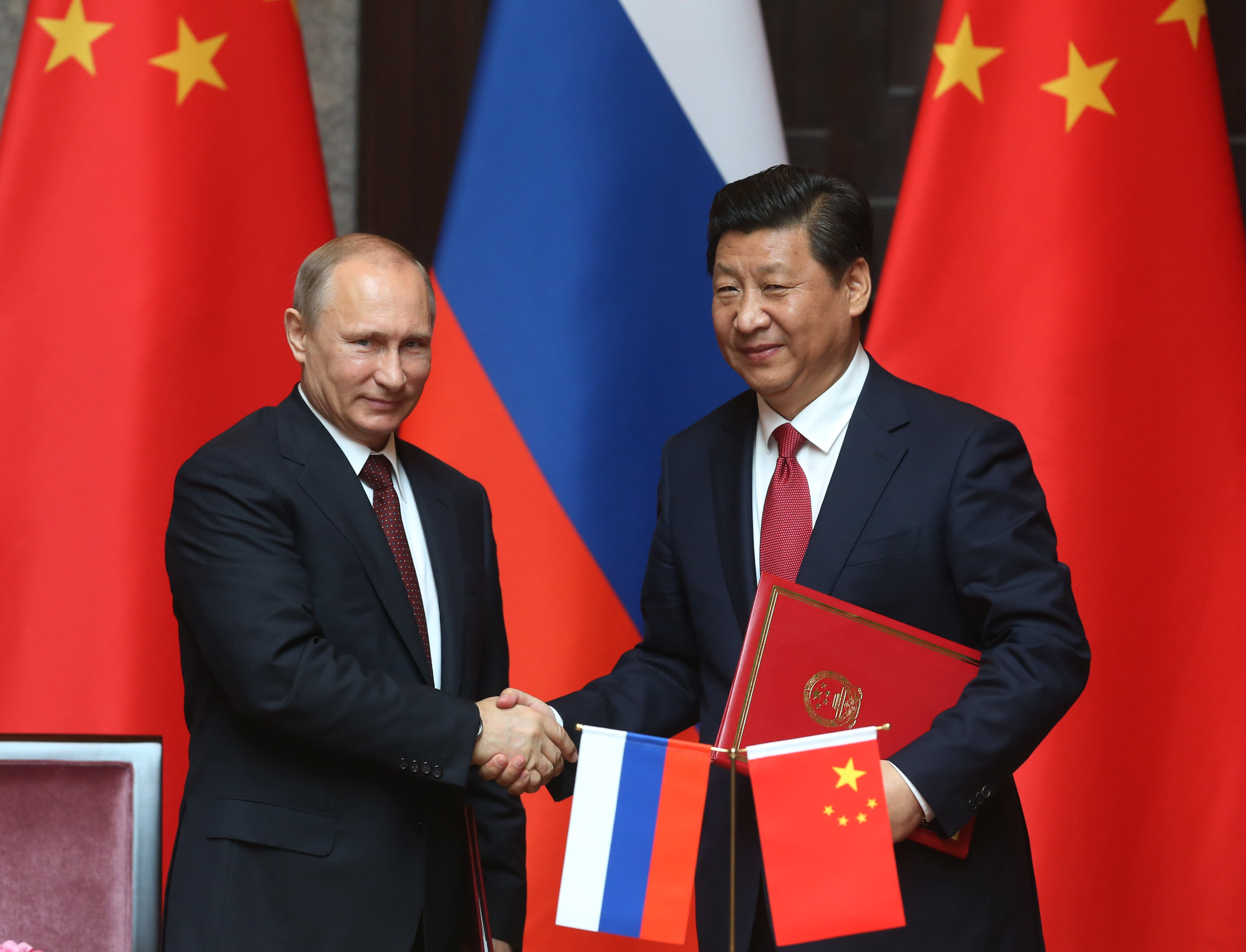 Putin and Xi hail 'unprecedented' ties as US relations sour