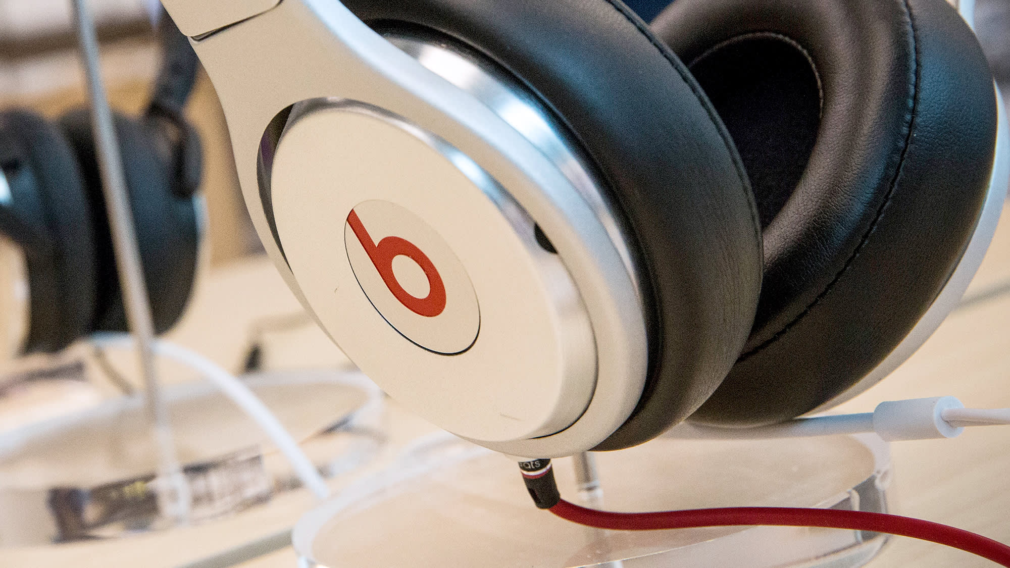Apple to shut down Beats Music: Report