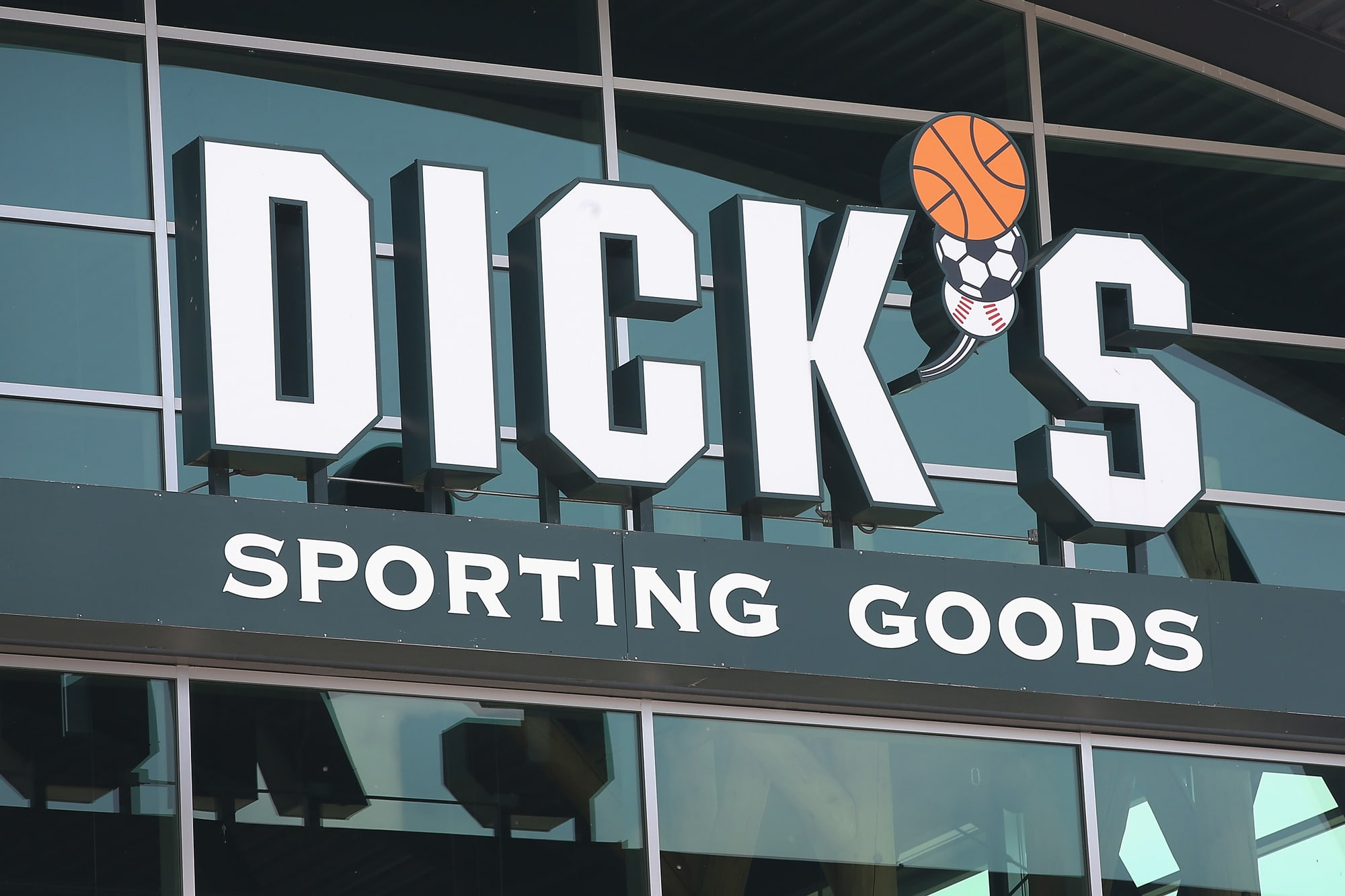 820cbbd13e46c Dick s Sporting Goods shares tumble on dismal holiday sales