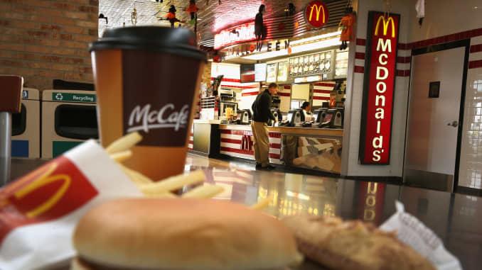 McDonald's campaigns against its junk food image