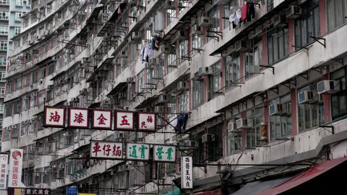 Hong Kong Housing Prices Could Fall 25 Percent On Trade War Jll