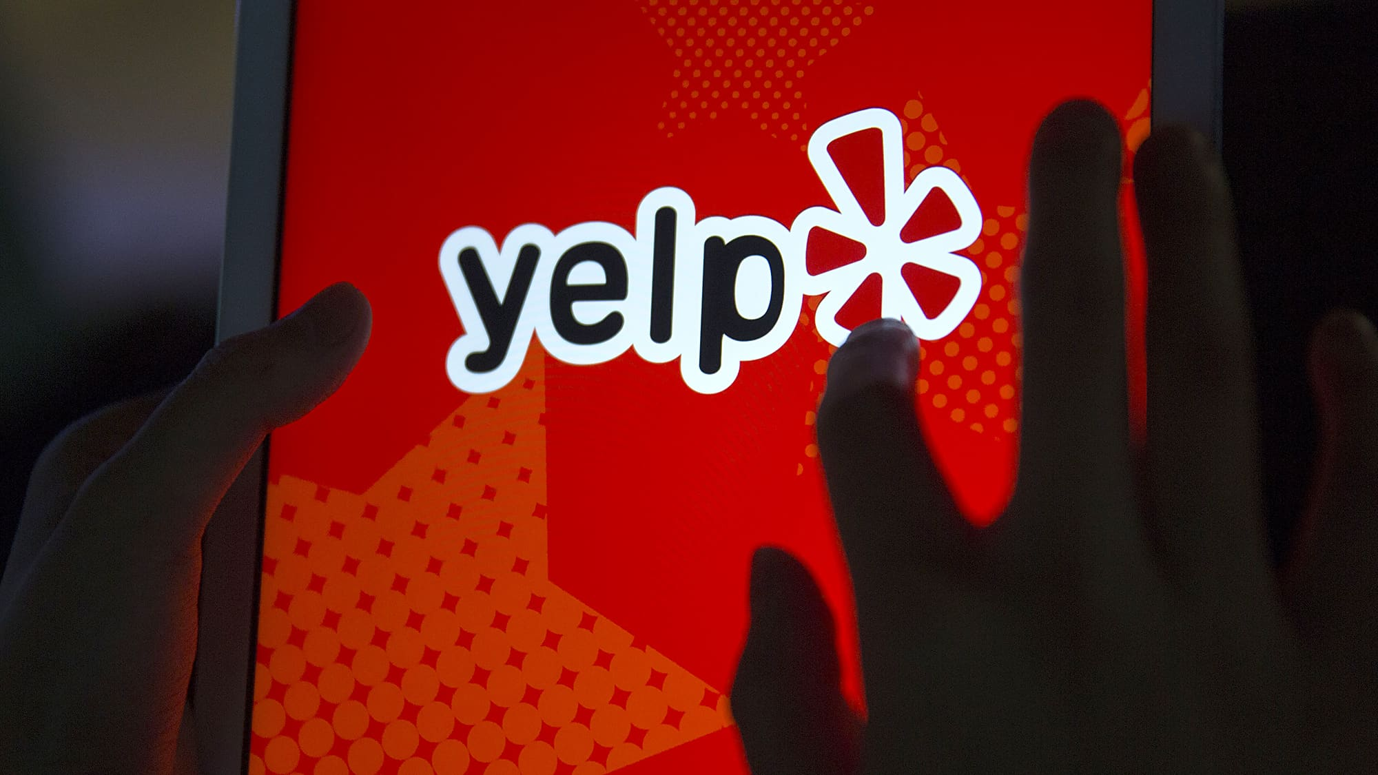 Yelp shares continue to plunge after earnings loss