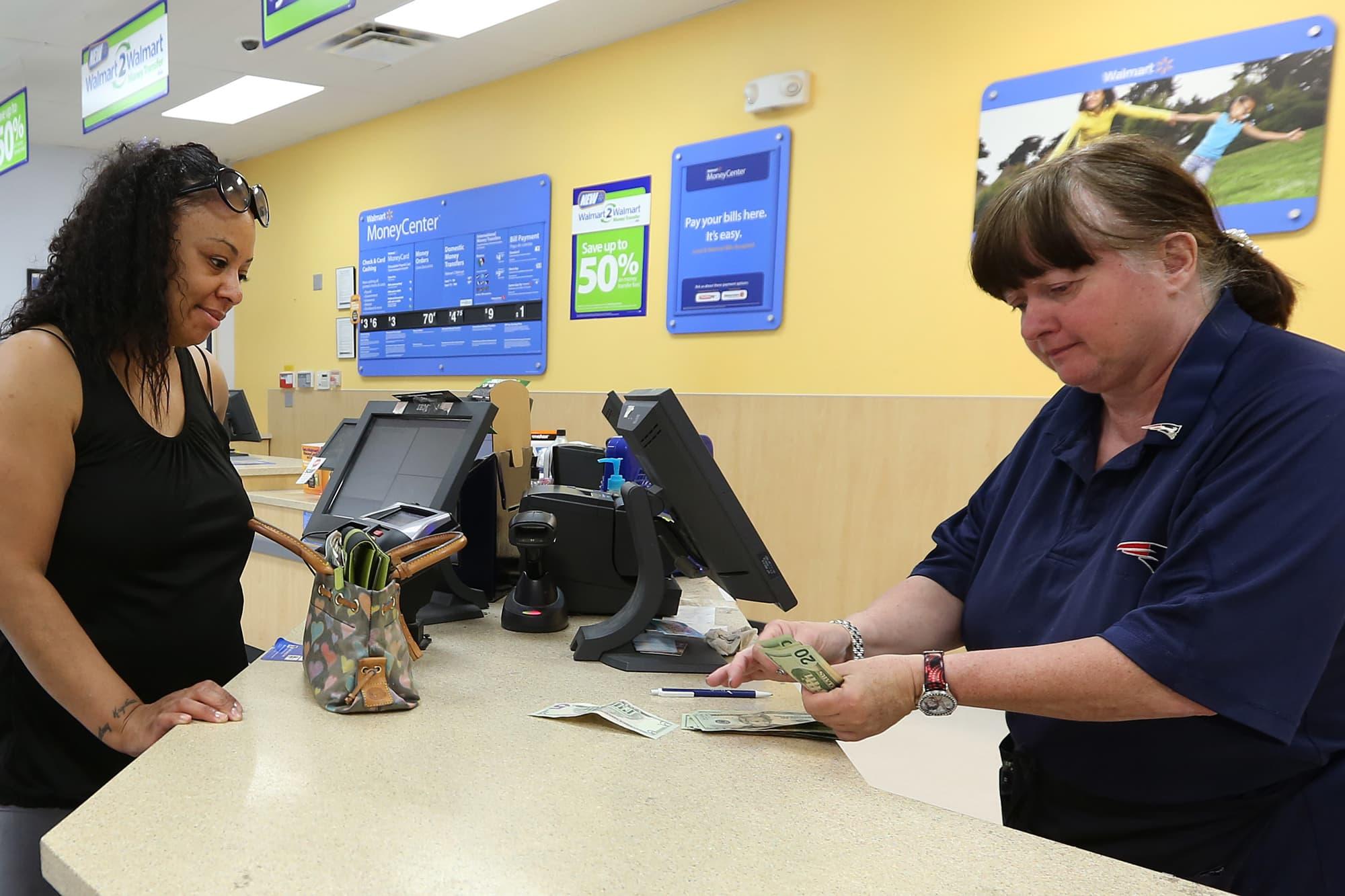 Walmart takes money transfer service global with Walmart2World on