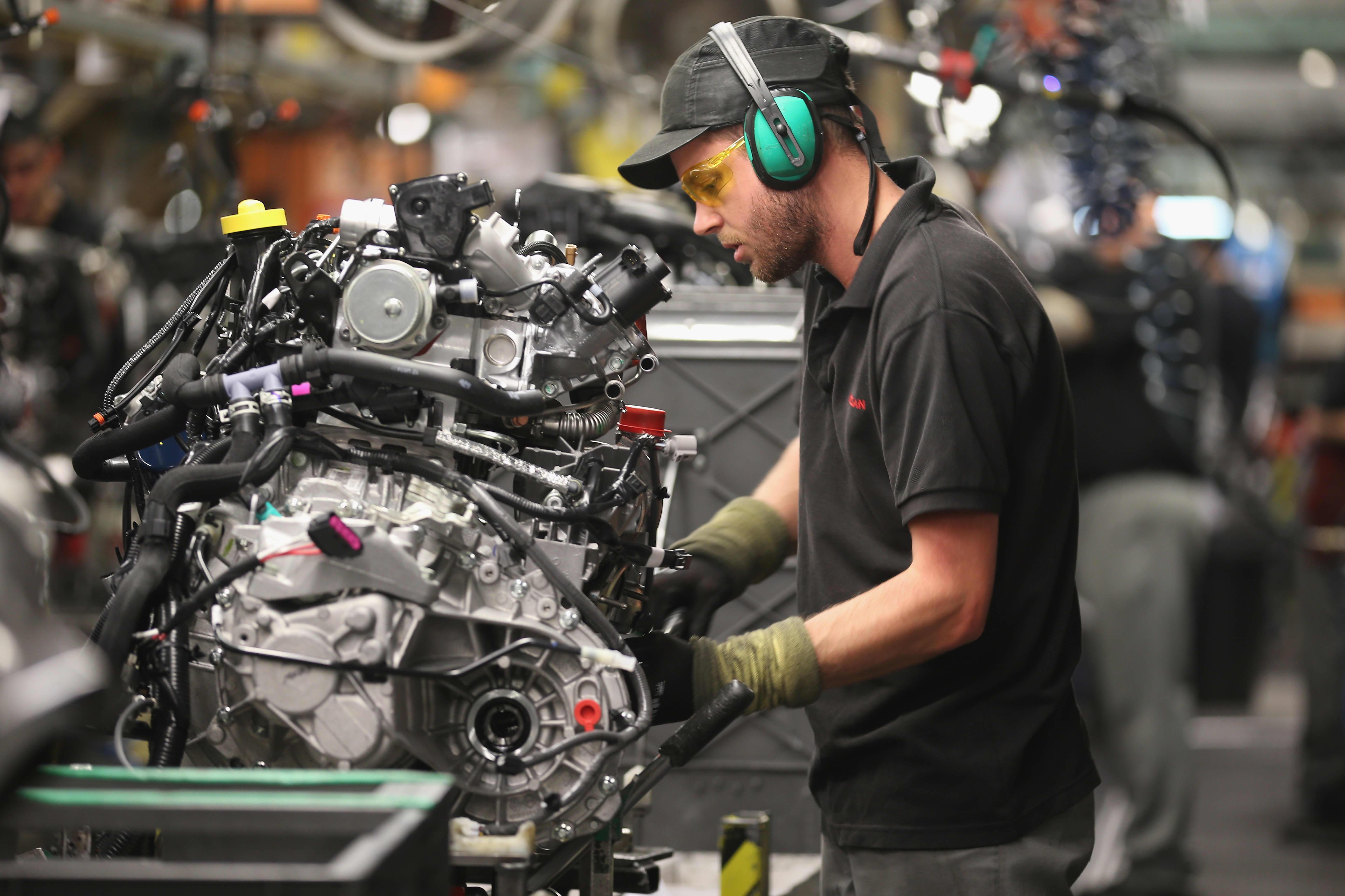 UK Q2 GDP shrinks 0.2%, worst quarter since 2012 thumbnail