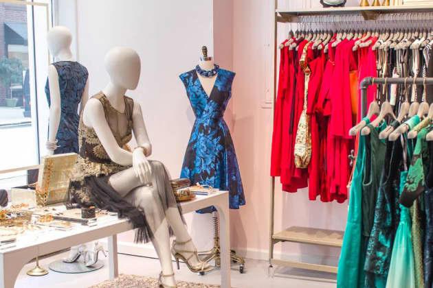 18a13e9f85 Rent the Runway's designer closet tops $800 million