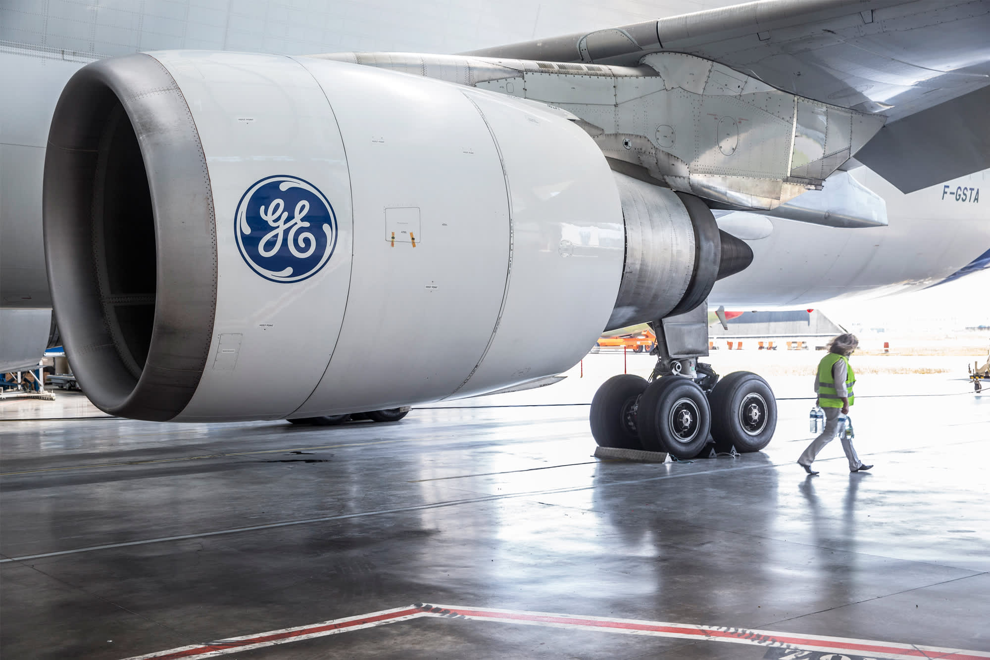 GE Aviation flying toward record air show haul