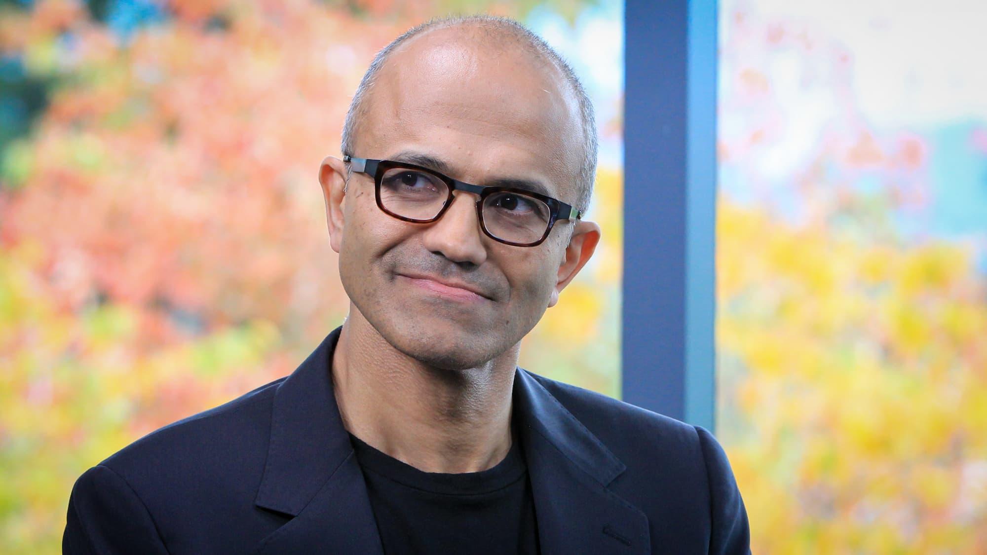 Microsoft hires Apple's former Siri chief