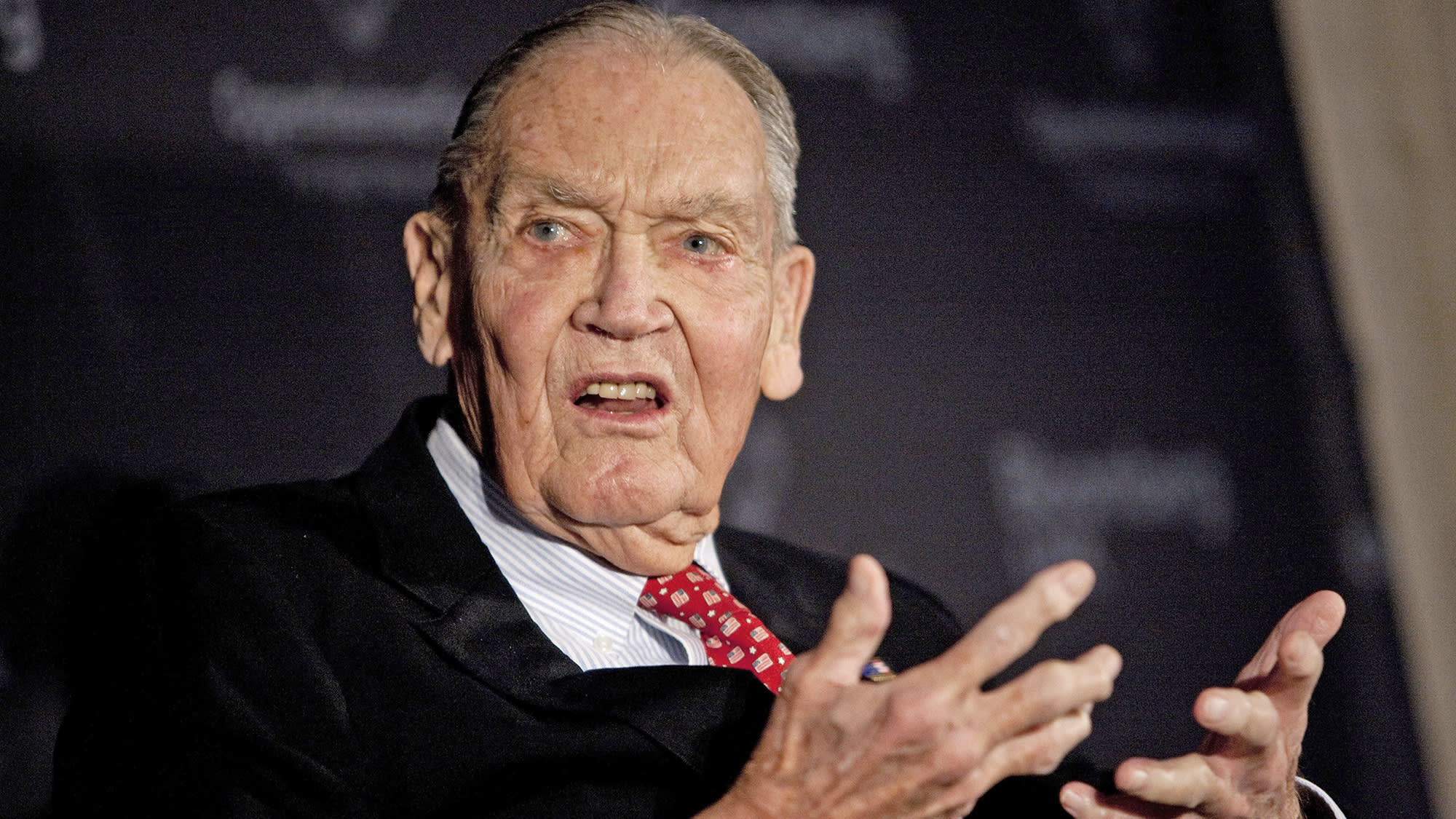 Wall Street reacts to the death of investing legend Jack Bogle