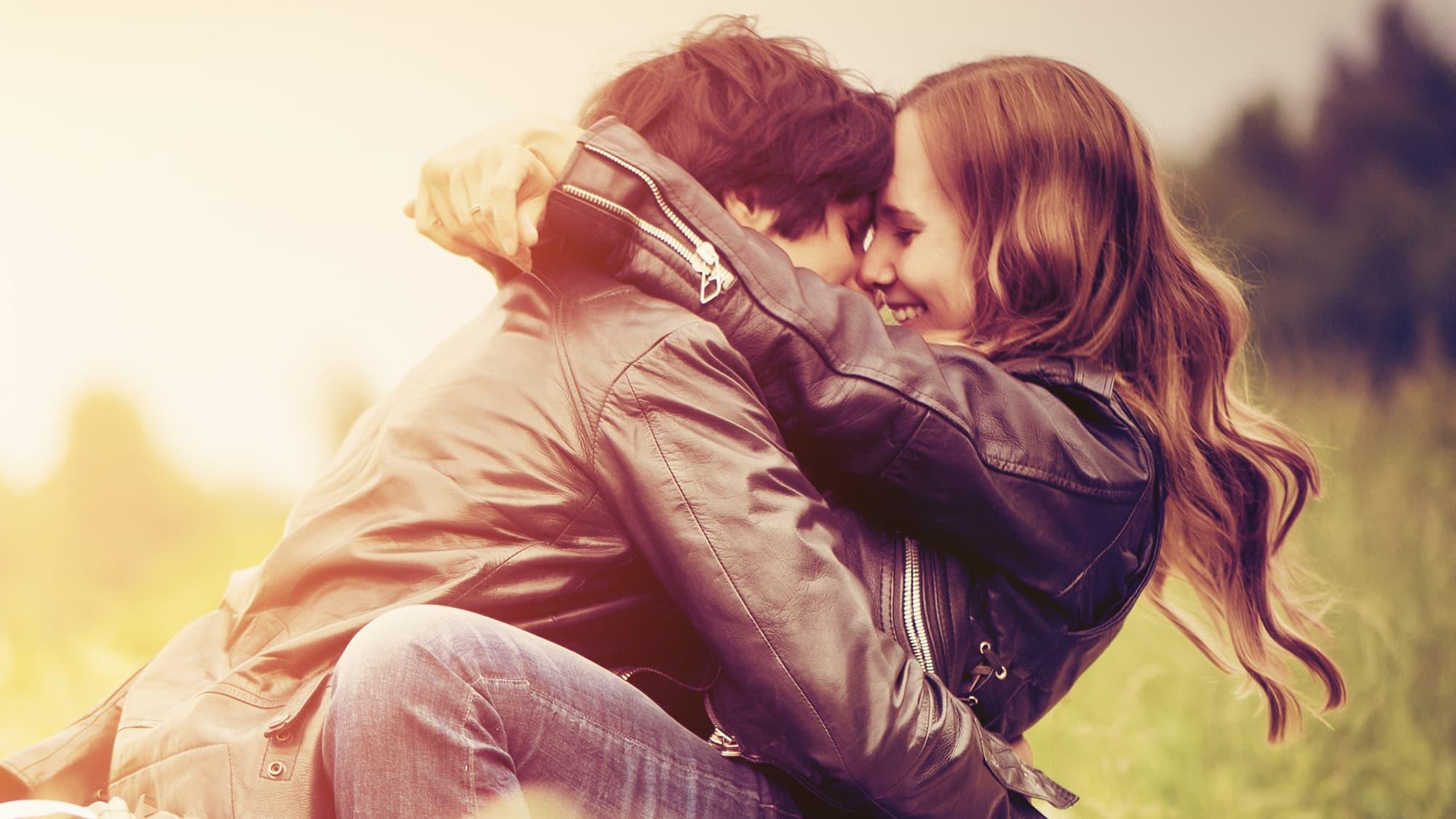 paras online Cougar dating sites