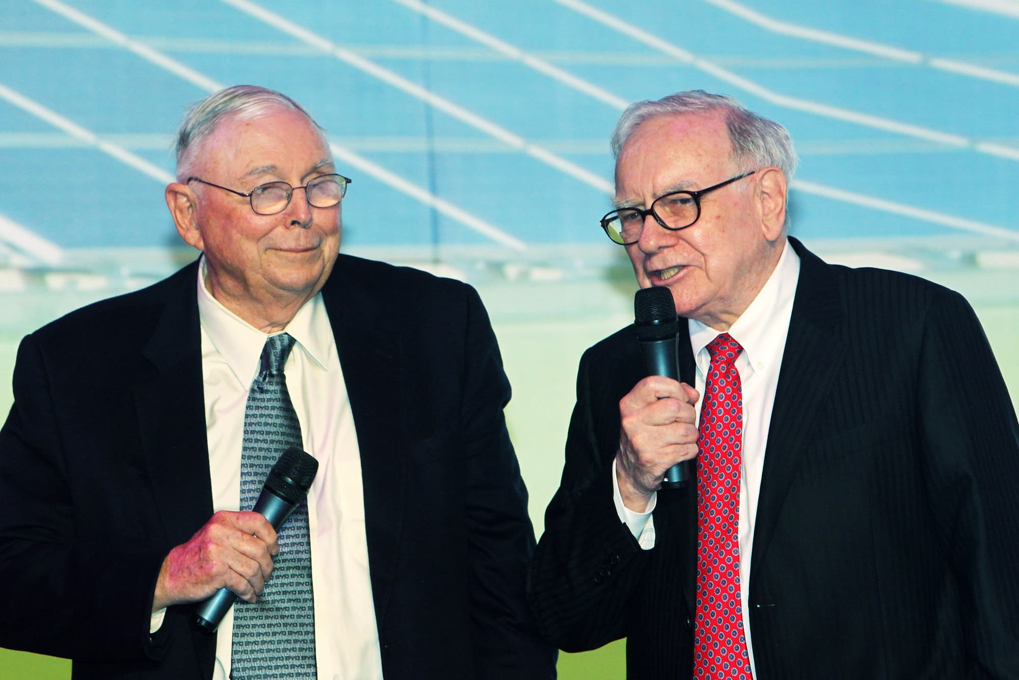 Here's what Charlie Munger says all young people should know about choosing a career