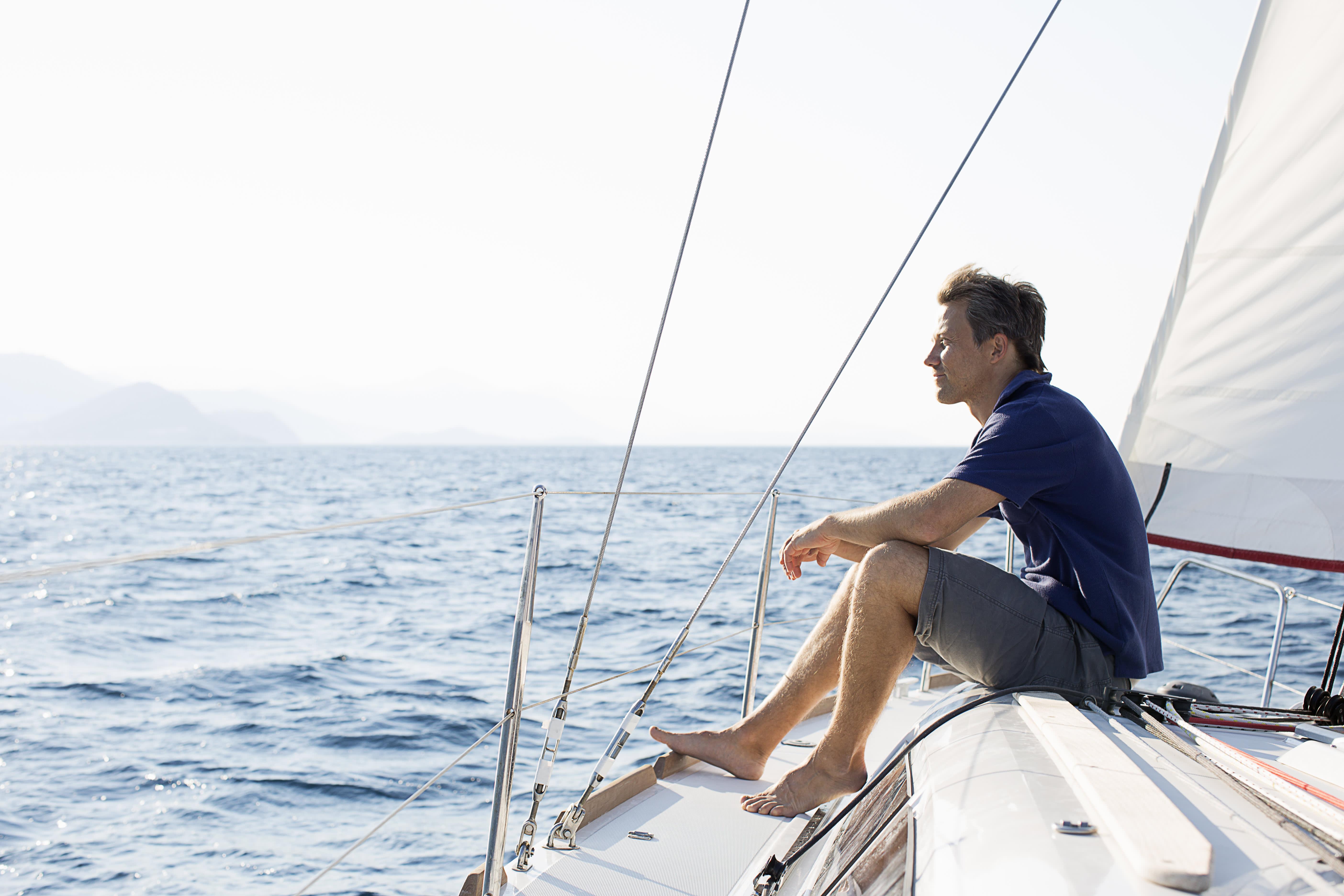Картинки мужчин на море на яхте