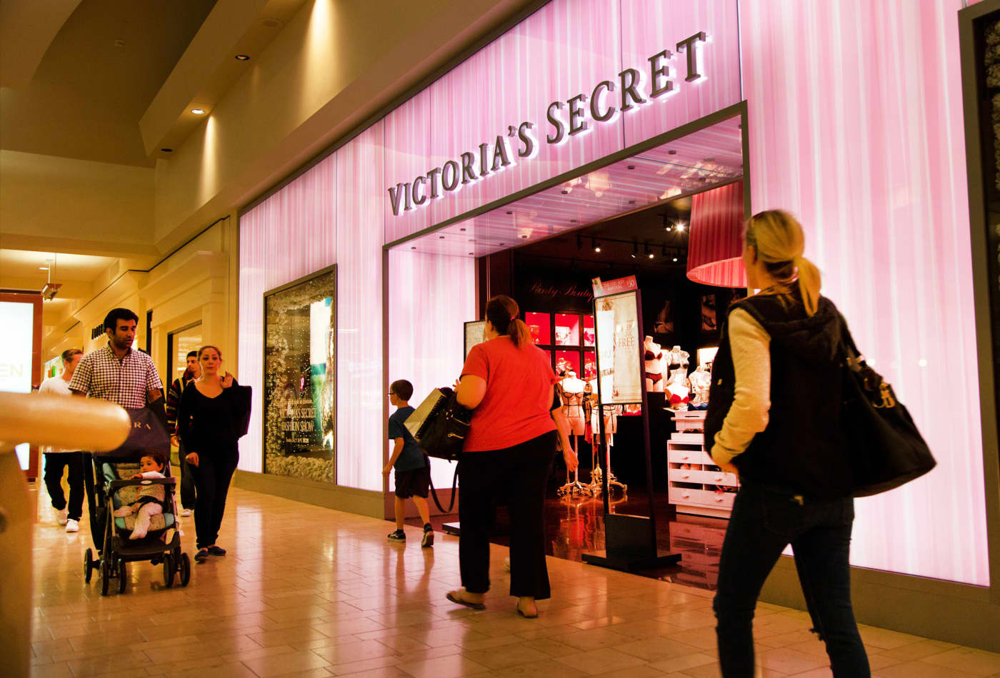 Victoria's Secret to go private in a deal that values the once-powerful lingerie brand at $1.1 billion