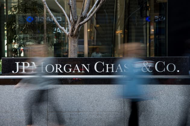 For JPMorgan Chase, breaking up could be hard to do