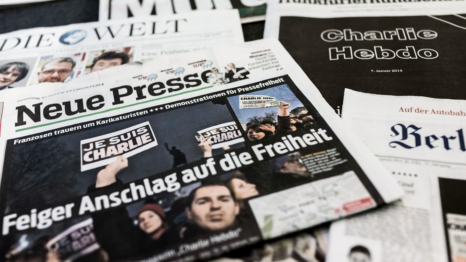 Anger And Sadness Newspaper Front Pages Around The World React To Paris And Charlie Hebdo