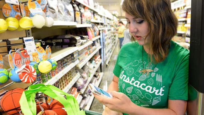 Instacart raises $200 million round to take on Amazon and
