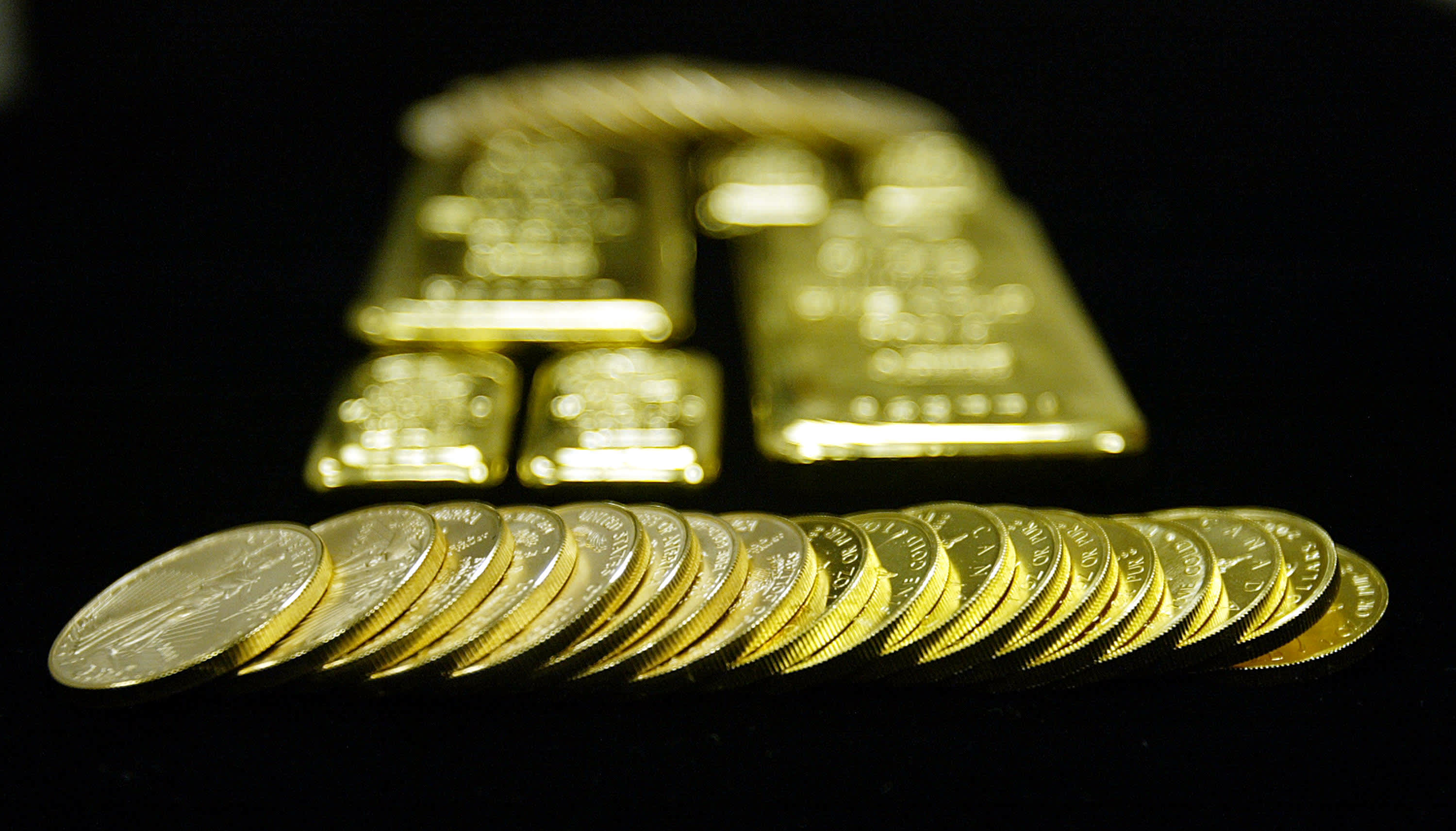 Reusable Gold coins and bars