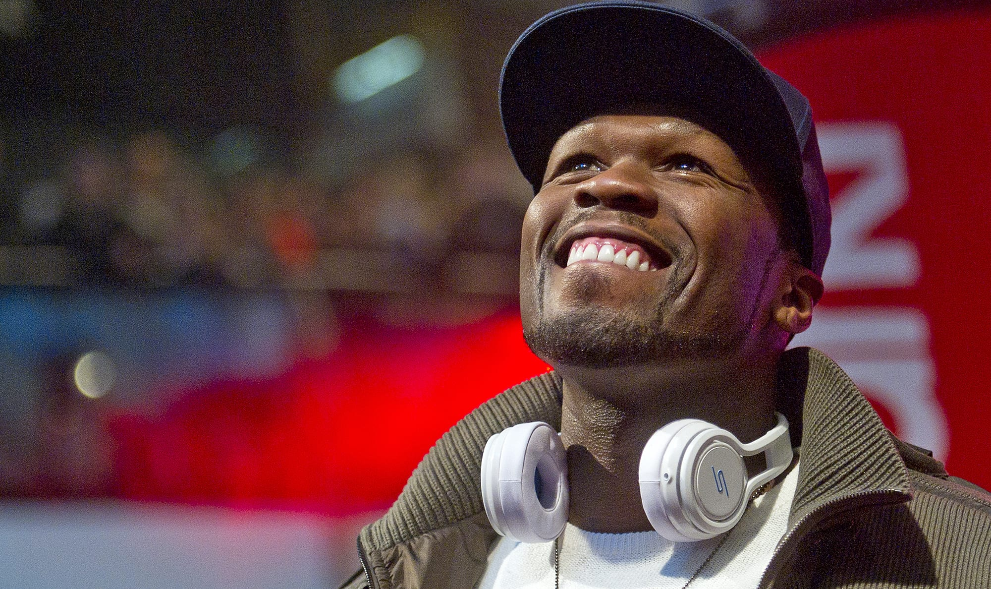 """Rapper Curtis """"50 Cent"""" Jackson presents his SMS headphones in Berlin."""