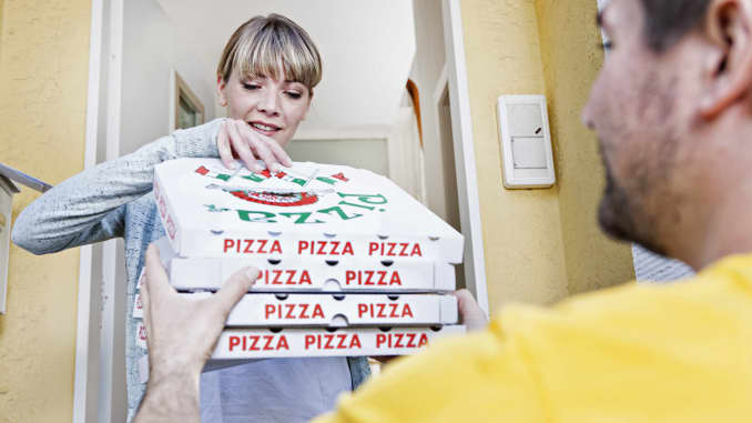 Ordering A Pizza On Facebook Is About To Get Easier With Paypal