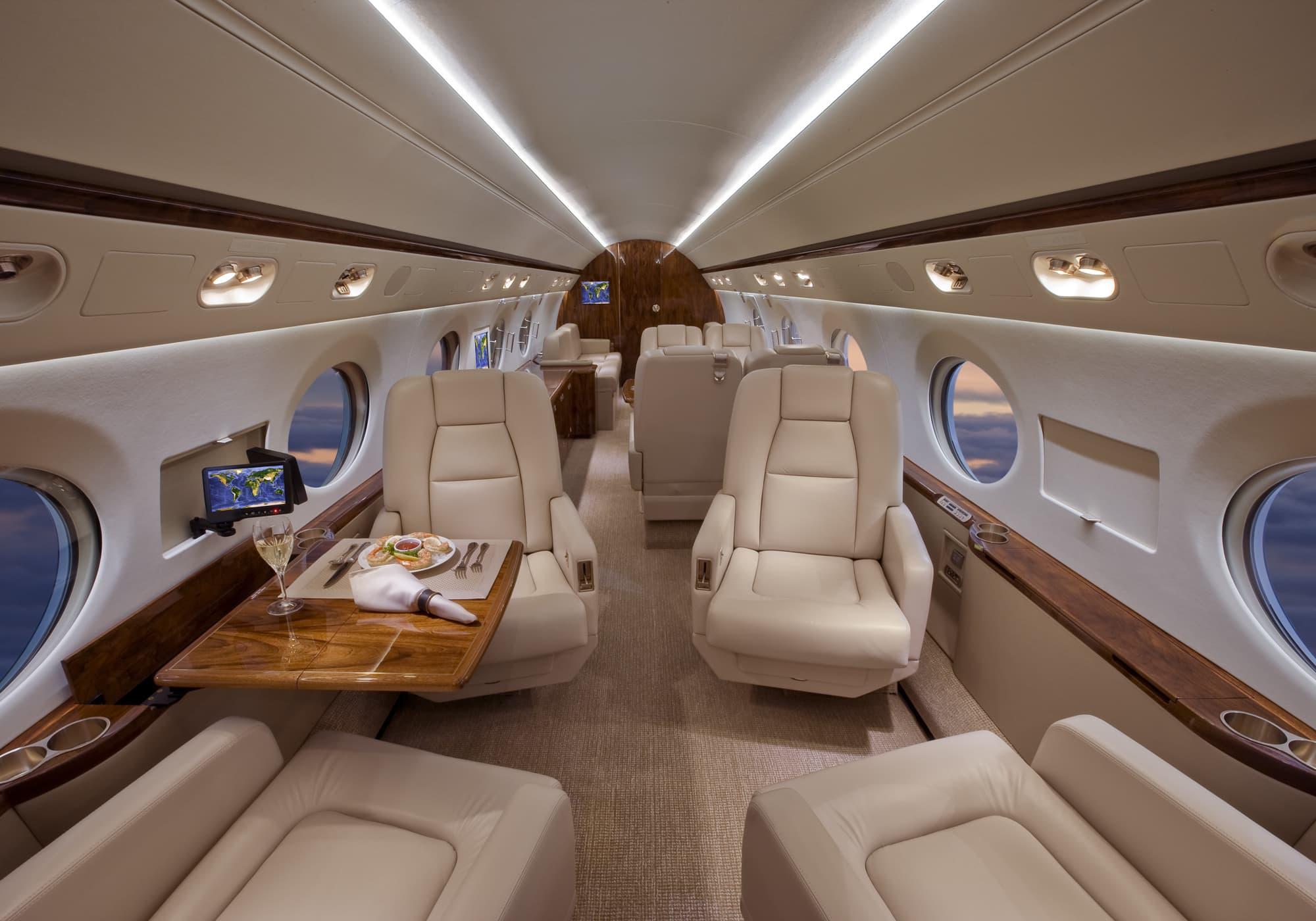 pour rep taster flights - HD2000×1400