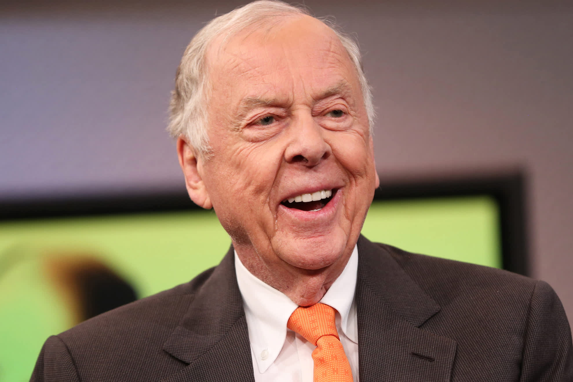 Buffett, Icahn remember the late T. Boone Pickens for 'great wit' and inimitable Texas personality