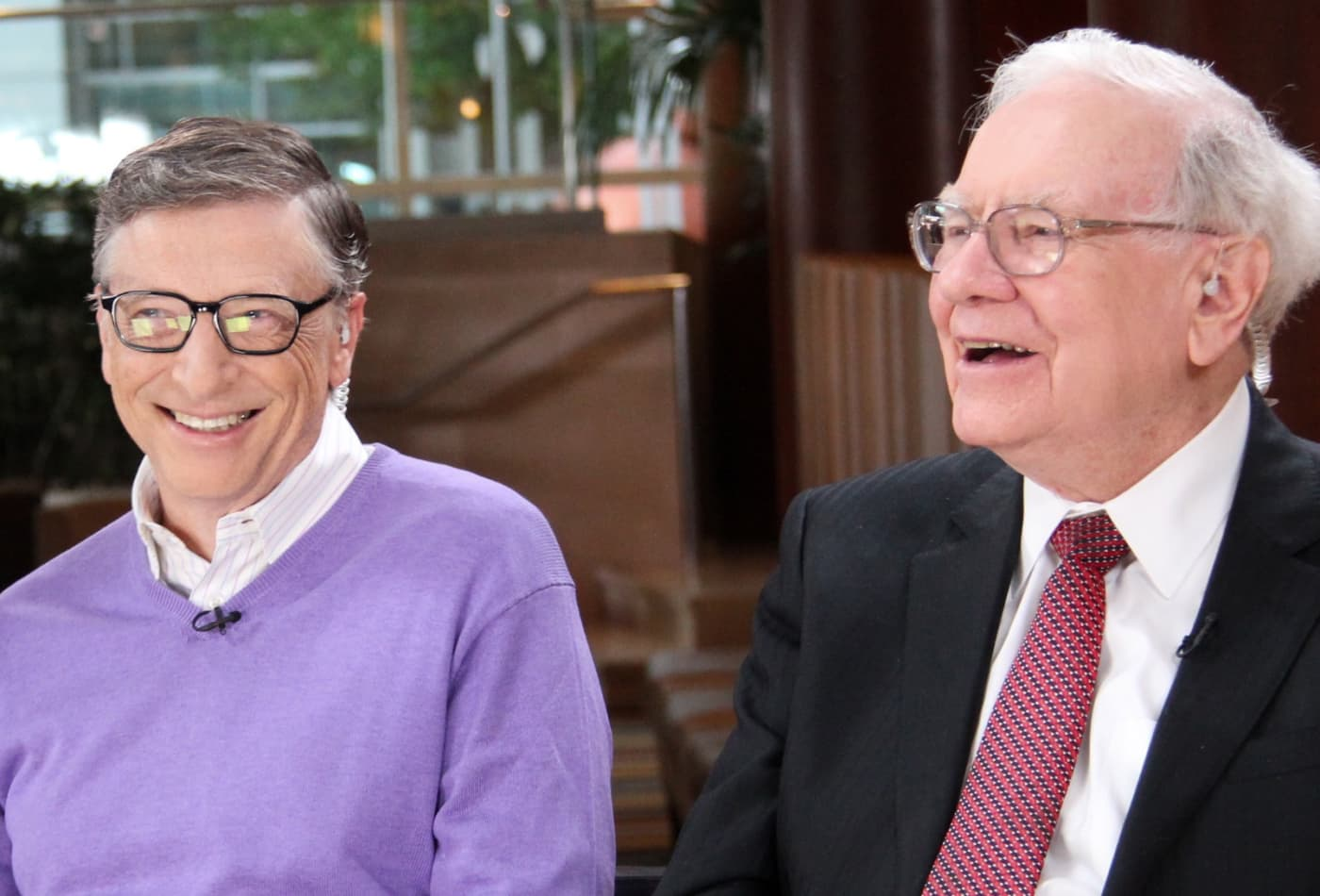 Warren Buffett says he talked to his 'science advisor' Bill Gates about the coronavirus