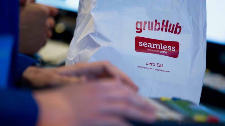Grubhub stock jumps after announcing nationwide Dunkin' delivery