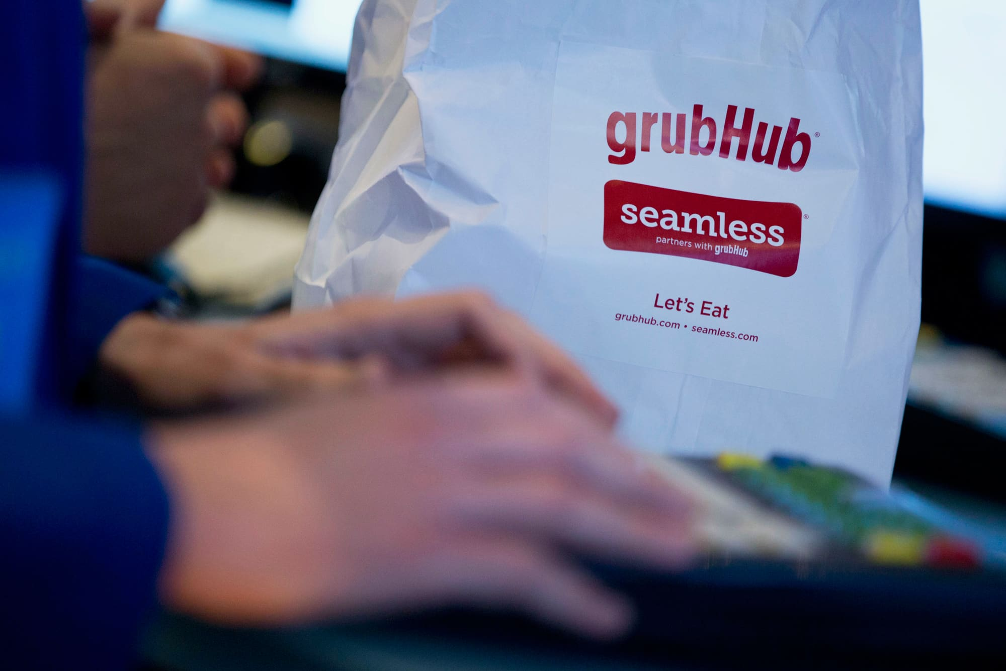 Taco Bell owner sues Grubhub, claiming it violated distribution agreement