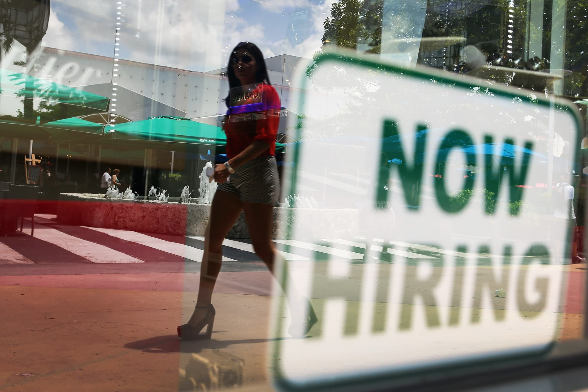 Worker confidence in finding a new job has hit a six-year high, but it might be a 'turning point'