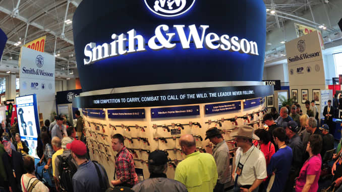 Smith & Wesson loses fight with nuns on gun safety proposal